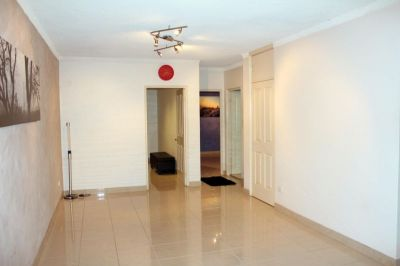 Fully Renovated 2 Bedroom Unit In Prime Location