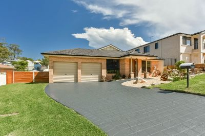 Expansive Family Living on 976m2