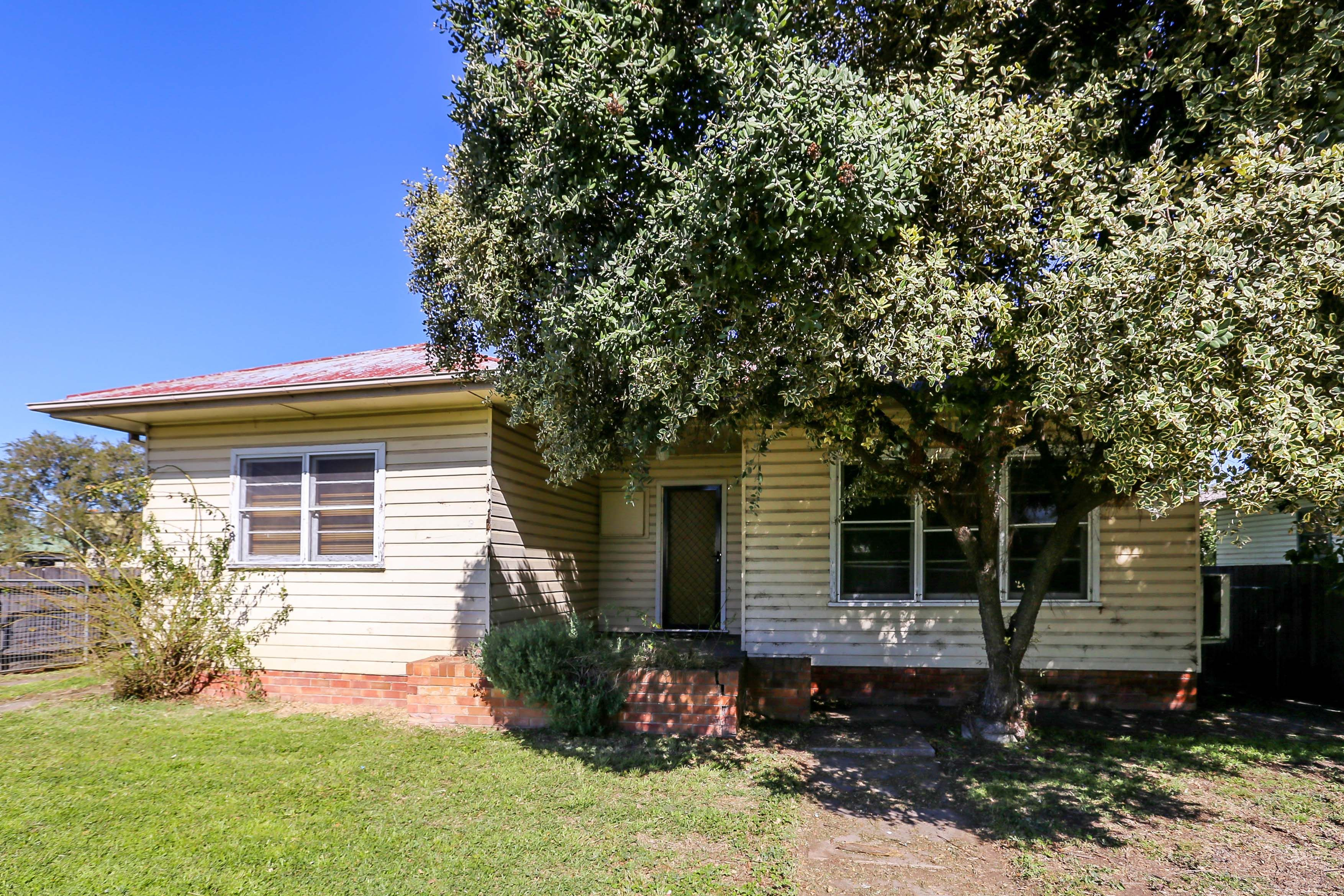 9 11 Ryan Avenue, Singleton
