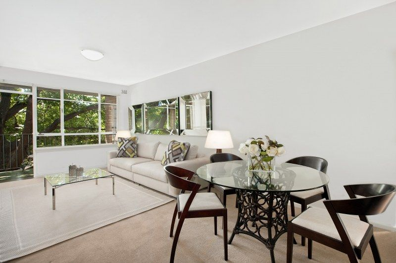 A stylish boutique strata apartment positioned in a desirable lifestyle address.