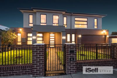LIVE THE DREAM WITH THIS BRAND NEW EXECUTIVE RESIDENCE