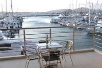 Waterfront living (B10 Kingfisher Apts)