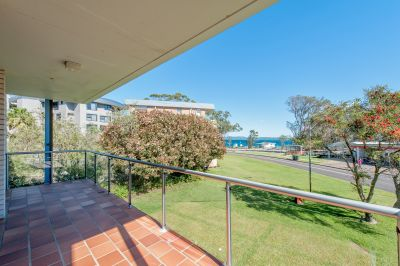 4/10 Columbia Close, Nelson Bay