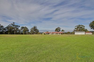 ideal for two families -bring the in-laws!  large family home on 25 acre block with mesmerising views. suit horses/lifestyle. simply breathtaking!