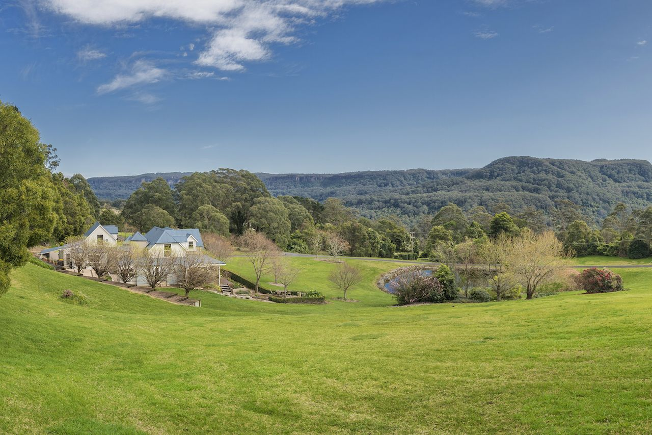 Additional photo for property listing at A unique country estate – inspiring grounds and a wealth of opportunity  Berry, New South Wales,2535 澳大利亞