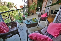 RANDWICK 2BED APT BALCONY VIEWS GARAGE WIFI, CENTRAL TO EASTERN SUBURBS ATTRACTIONS.