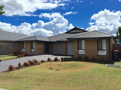 5 & 5a Darcy Circuit, Gillieston Heights