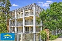 Modern 2 Bedroom Unit in Exclusive Holroyd Gardens Estate. Massive Open Living Area. 2 Bathrooms. Close to Parramatta & Merrylands.