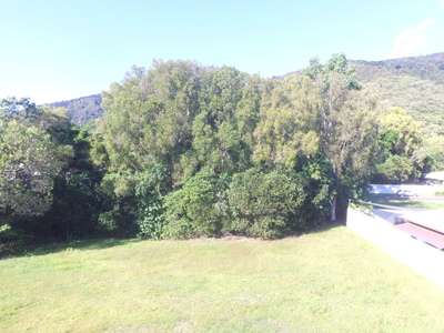 Lot 102/10  Kurt Close , Palm Cove
