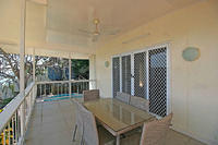 Exclusive Highset Apartment - Stunning Town/Ocean Views