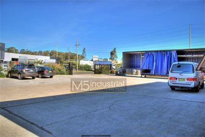 1,300m² - Secure Freestanding Warehouse