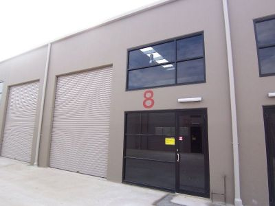 138sqm - Top quality warehouse and office