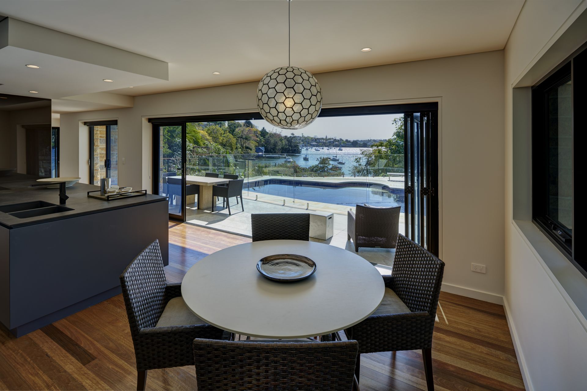 Additional photo for property listing at Secluded waterfront reserve luxury 6 Collingwood Street  New South Wales,2110 Australië