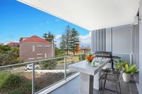 110/2-8 Pine Ave Little Bay, Nsw