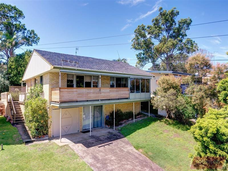 71 Sandy Point Road, Corlette