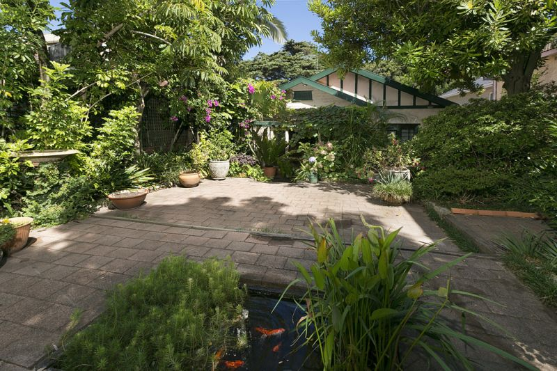 668 Old South Head Road, Rose Bay