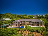 Master Built Home with B & B Capability and Cape Byron Views