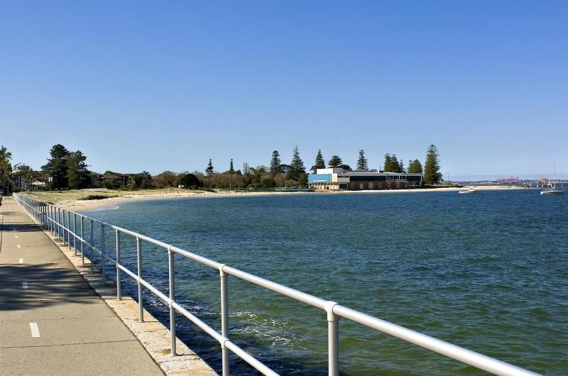 1/240 Rocky Point, Ramsgate, NSW