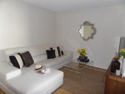 Modern 1 Bedroom Apartment opposite Freshwater Beach