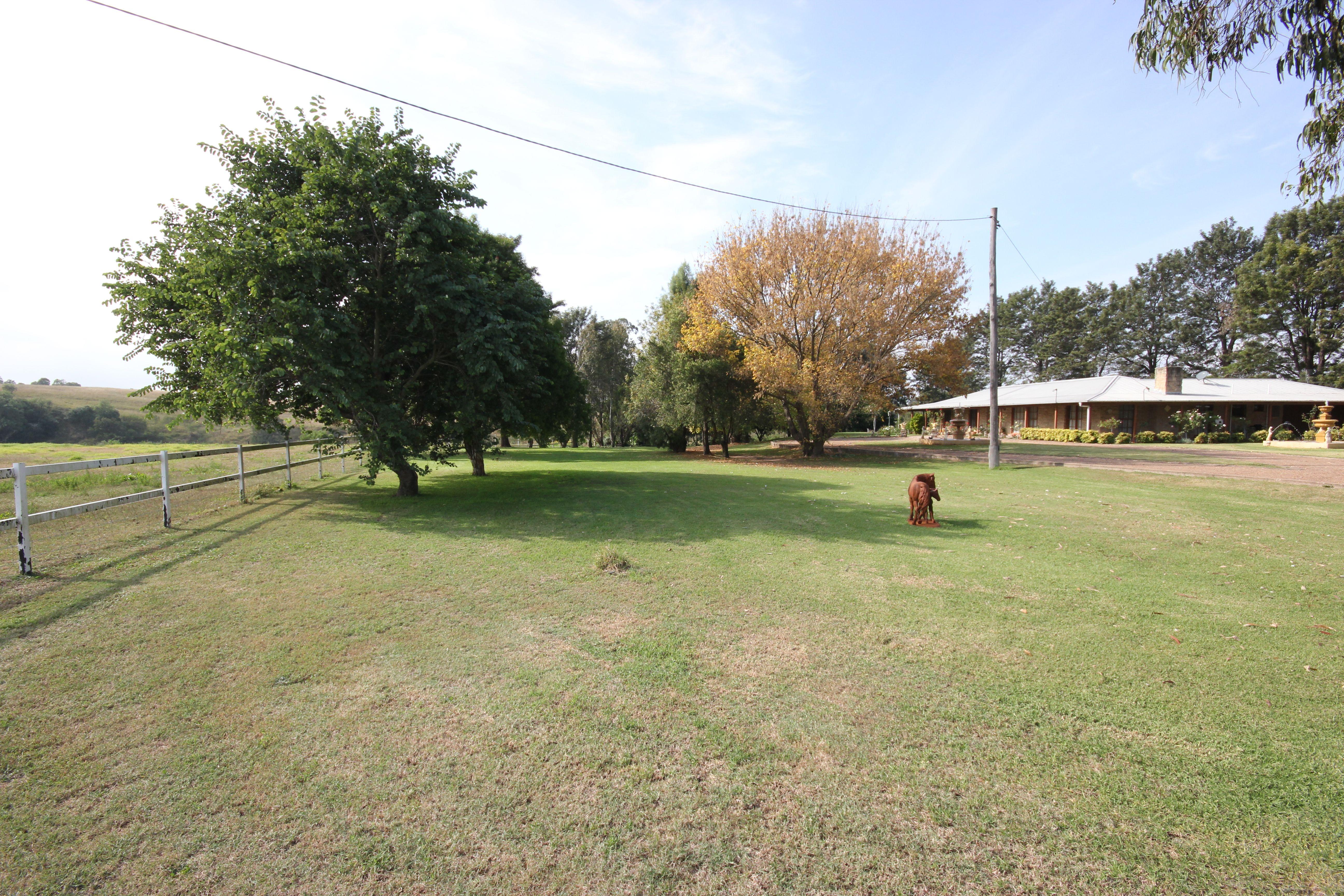 'Recluse' 528 Longpoint Road, Via Singleton