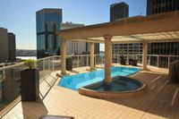 SYDNEY 2 BEDROOM APT AIR CON WIFI POOL