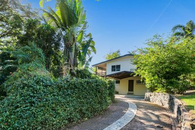 NOW REDUCED TO BUYERS IN MID $400,000'S  LARGE FAMILY HOME SUIT EXTENDED FAMILY