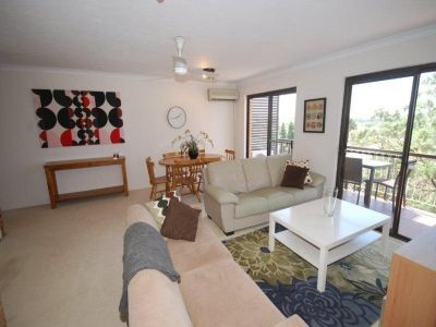 FABULOUS AREA VIEWS - FULLY FURNISHED 2 BED UNIT