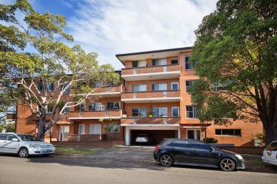 Conveniently located apartment in sought after locale