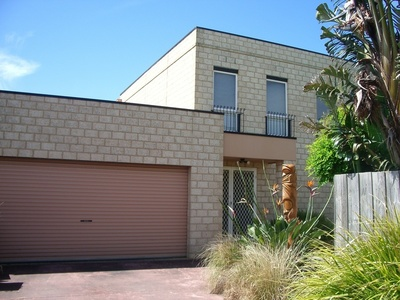 Large family home - walk to the beach!