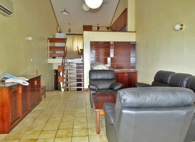 M-DOTOLM - Tri-level apartment available - C21