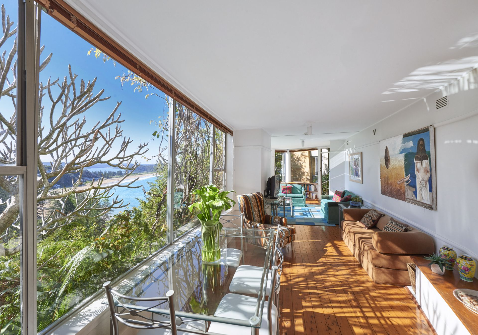 Additional photo for property listing at Classic '60's beach house, incredible northerly views 6 Mitchell Road Palm Beach, New South Wales,2108 Australie