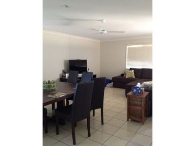 NEAT AS A PIN - UPPER COOMERA
