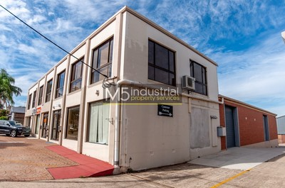 495sqm - Warehouse, Showroom, Office