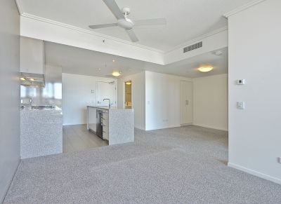 APARTMENT IN THE HEART OF HAMILTON - PETS ON APPLICATION