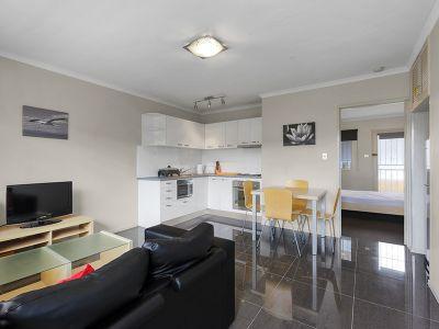Stylish Furnished Apartment- Great Value!