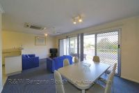 Unit 3 Coral Coast Plaza, 20 Bauer Street, Bargara