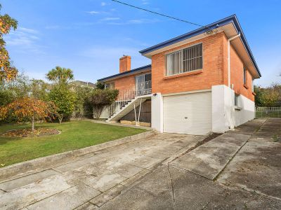 38 Oaktree Road, Youngtown