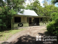 1327 Riverway Drive Kelso, Qld