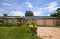 6 Woburn Abbey Crt Wattle Grove, Nsw