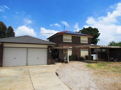 23 Linlithgow Way, Melton West
