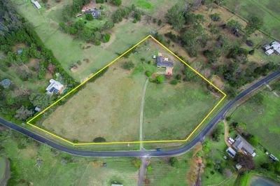 Simply the best – Superb Opportunity on 5.4 Acres