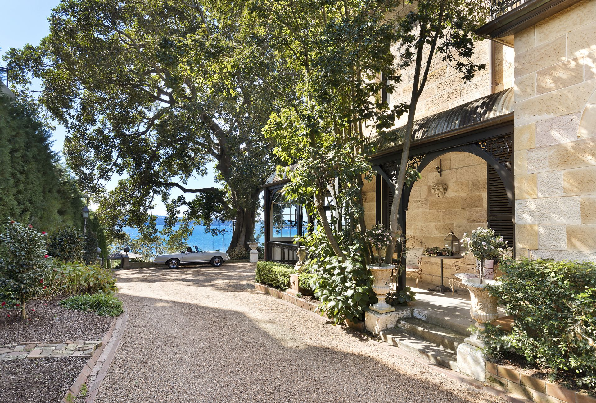 Additional photo for property listing at 'Tresco' historic, lovingly preserved waterfront estate  Elizabeth Bay, New South Wales,2011 Австралия