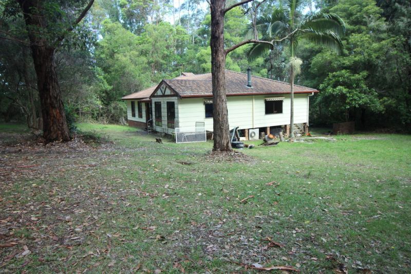 Renovator on Acres in Port Macquarie Shire