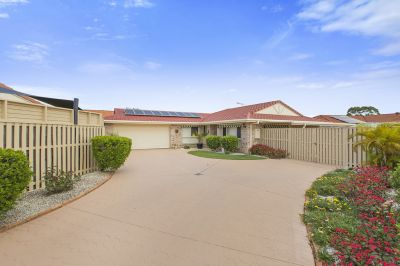2 / 9 Rosnay Court, Banora Point