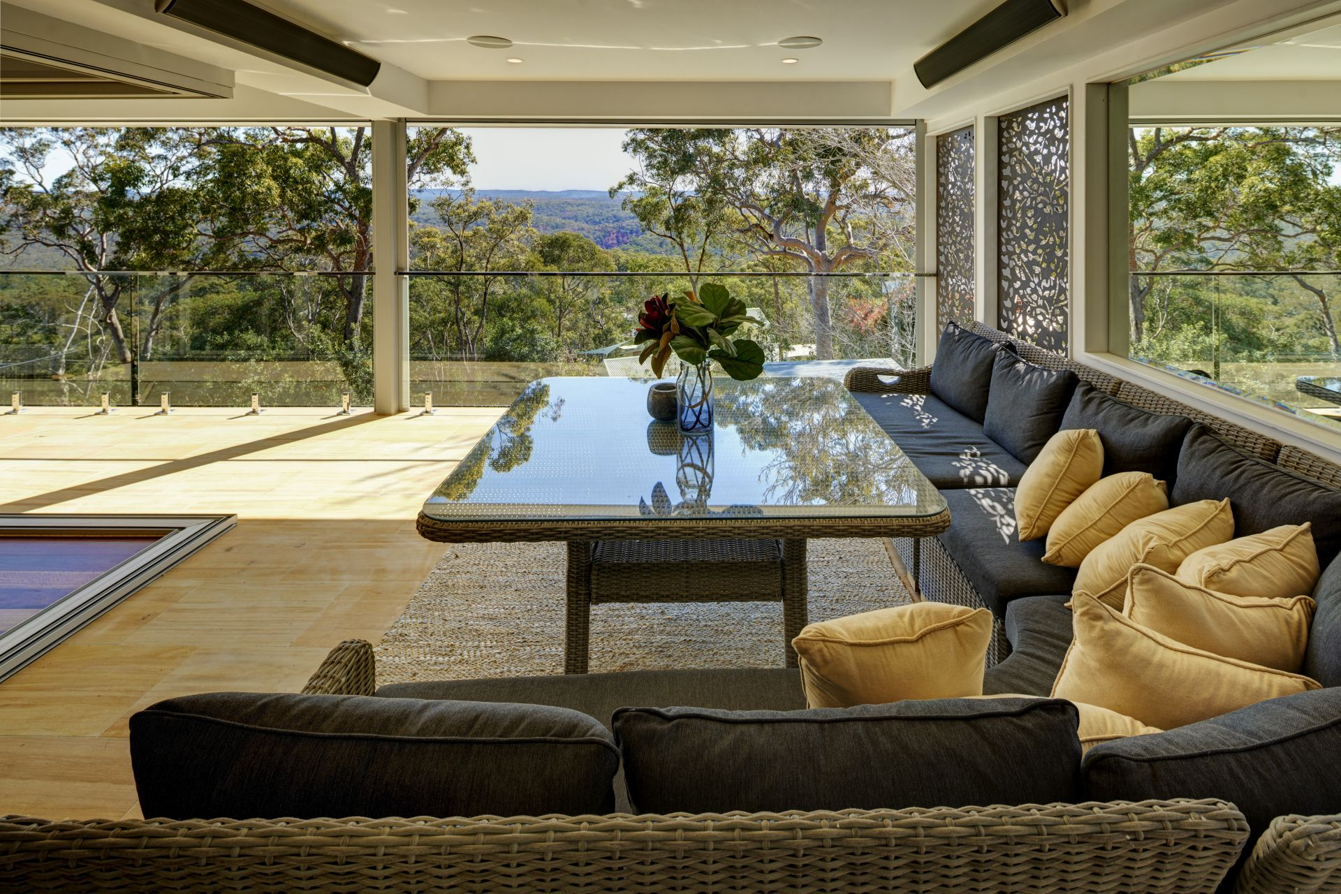 Additional photo for property listing at Luxurious contemporary bushland escape   New South Wales,2773 Austrália