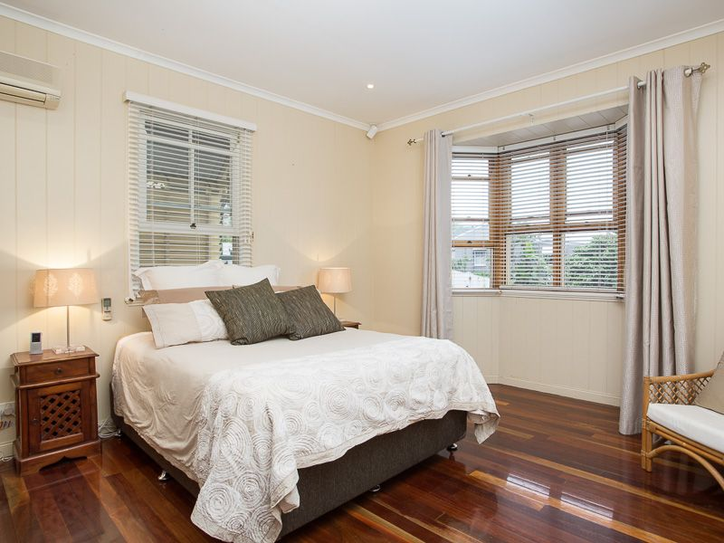 10 Addison Street Red Hill 4059