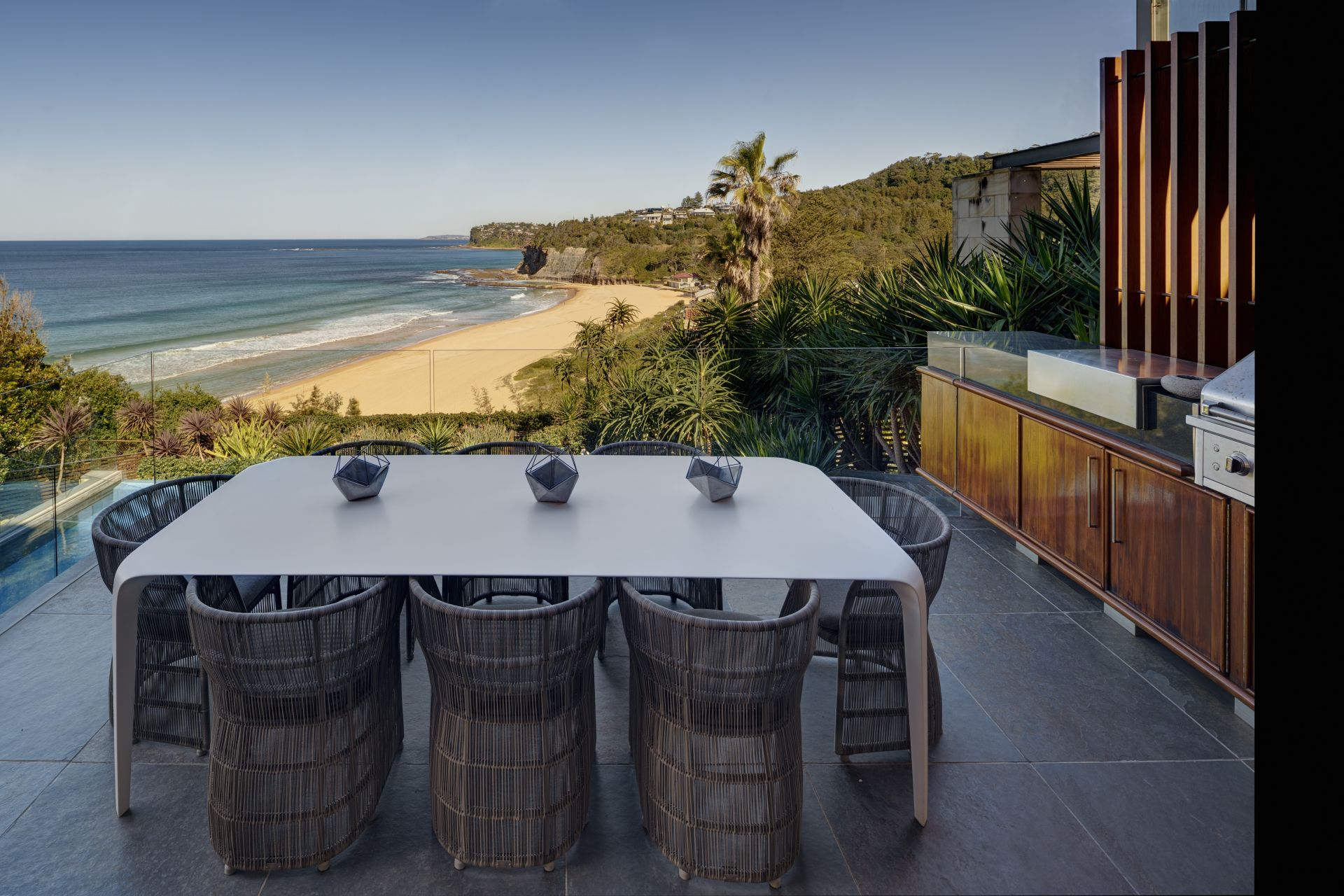 Additional photo for property listing at Dramatic contemporary masterpiece on Bilgola Beach   New South Wales,2107 오스트레일리아