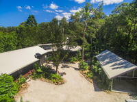 Stunning Home + Multiple Accommodation - Surrounded By Nature