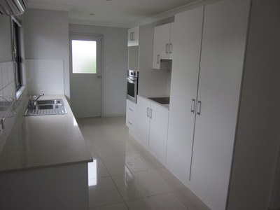 Modern, Air Con, Pet Friendly, Spacious and Convenient