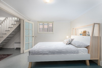 Extremely Spacious 1 Bedroom Art Deco unit